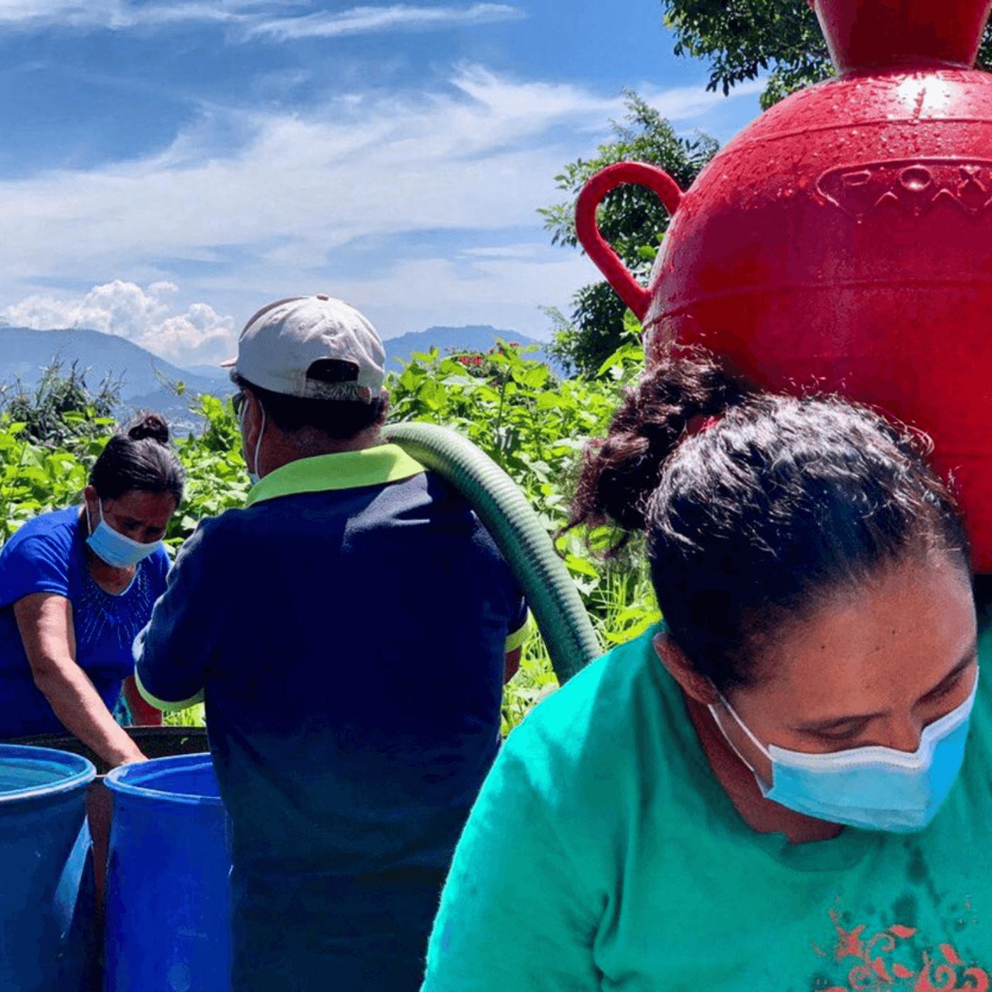 La Gestión Central Del Agua Y Las Soluciones Locales. Suministro agua. Fotografía. Roberto d'Aubuisson. 2021
